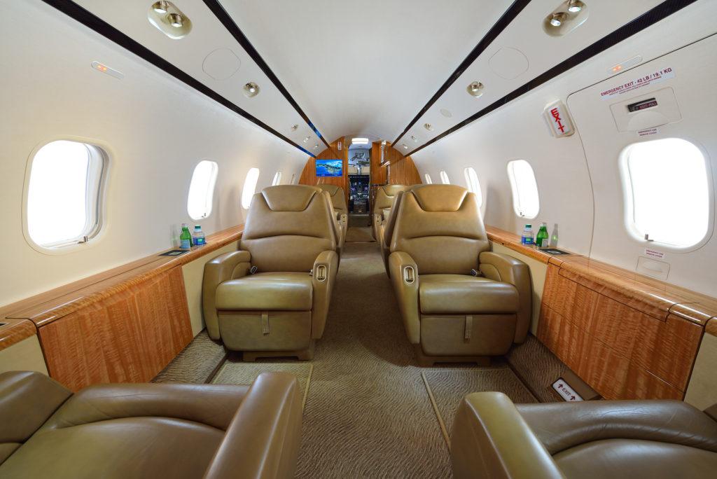 Challenger 300 Interior